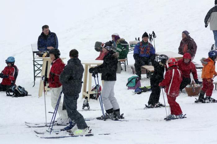 100213-skiliftkarnevalssamstag2010-02-13_15-21-11